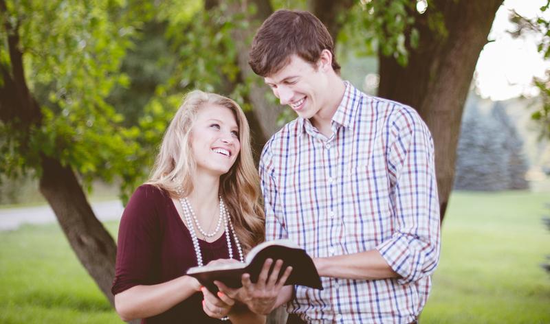 nuoret-raamatunlukijat